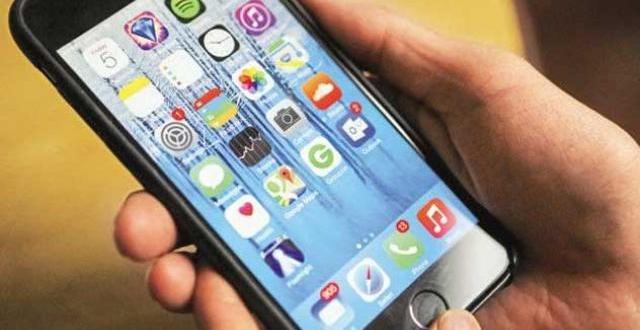 मोबाइल बढ़ा रहा आपके बच्चे की मानसिक आयु