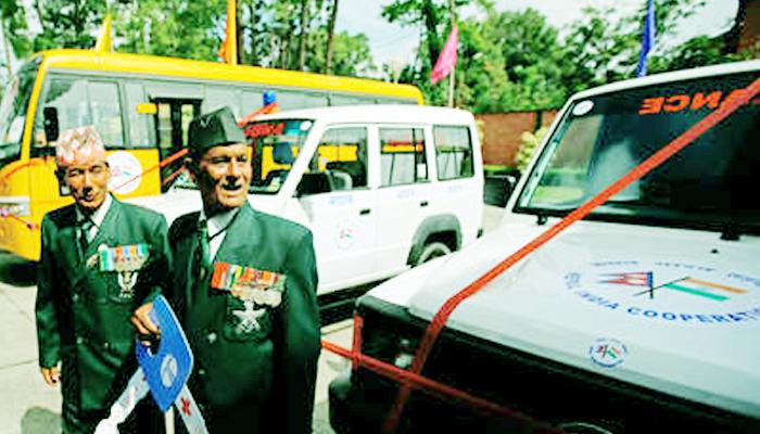 भारत ने गणतंत्र दिवस पर नेपाल को 30 एम्बुलेंस, छह बसों की सौगात दी