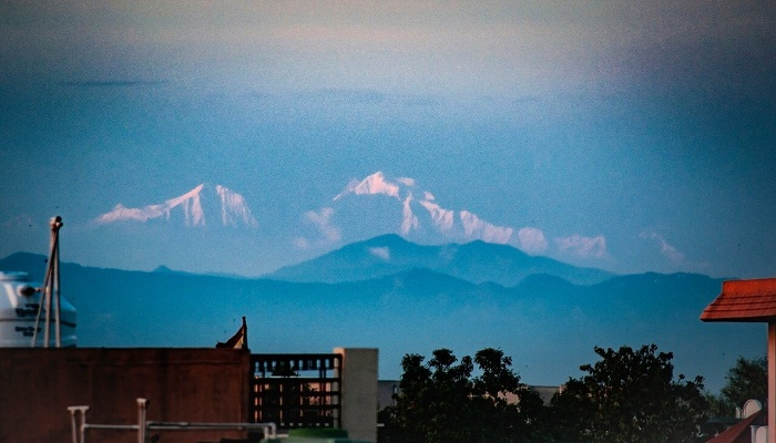 सहारनपुर से दिखने लगीं हिमालय की चोटियां