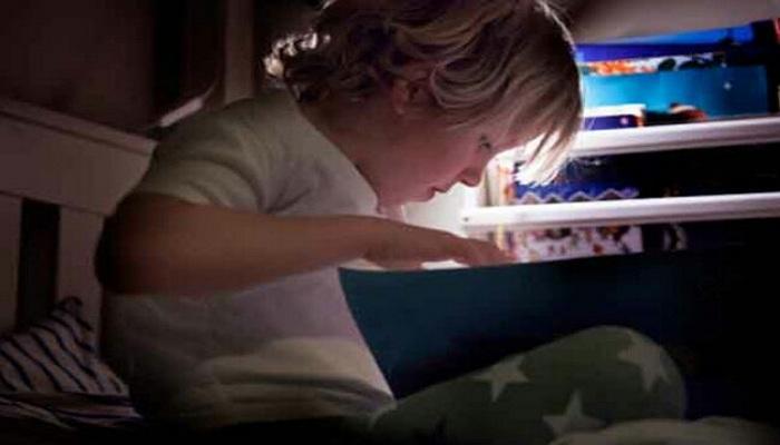 कम रोशनी में पढ़ने के नुकसान