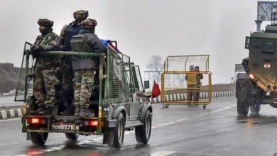 बारामूला में सेना के वाहन पर आतंकी हमला