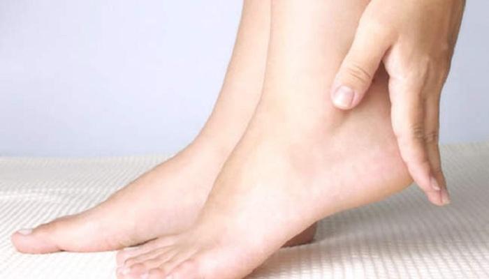 पैरो का स्क्रब