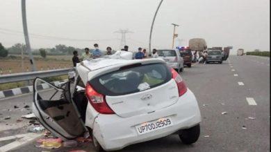 आगरा-लखनऊ एक्सप्रेसवे पर ट्रक से टकराई कार