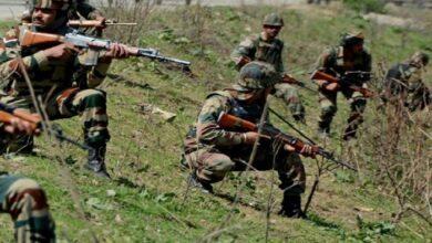 सुरक्षाबलों ने दो आतंकियों को किया ढेर Security forces killed three terrorists