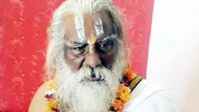 राम मंदिर के महंत नृत्य गोपाल