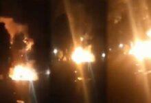 एलपीजी गैस सिलेंडर से भरा ट्रक जलकर खाक lpg cylinders explode
