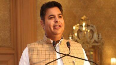 यूपी में बसपा-सपा में तल्खी BSP-SP's talk in UP