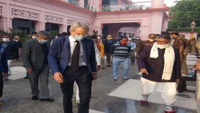 french ambassador visited Gorakhnath temple