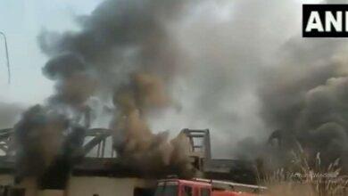 फैक्टरी में लगी भीषण आग fire broke out in the factory
