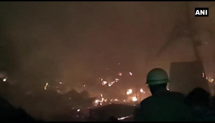स्लम एरिया में आग