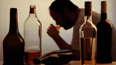 घर में 6 लीटर से ज़्यादा शराब Over 6 liters of alcohol at home