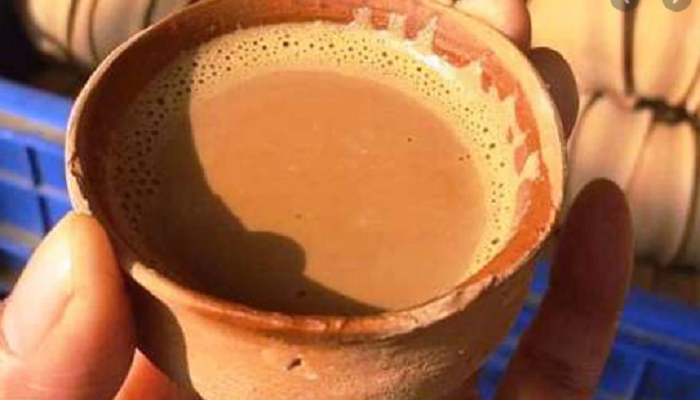 रेलवे स्टेशनों पर सिर्फ कुल्हड़ में चाय tea in Kulhar