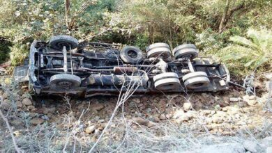 tractor trolley overturned