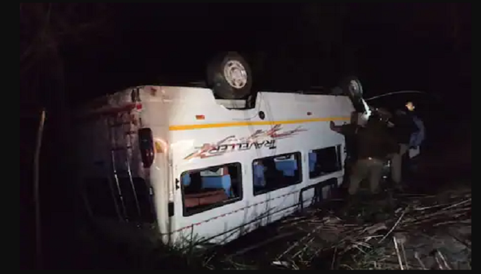 Bus fell into canal