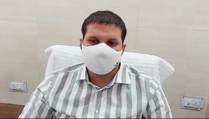 DM Ravindra Kumar Mandad