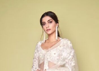 Troller questions Sonam Kapoor, actress gives a reply