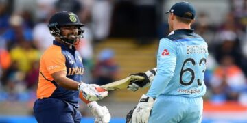 This batsman of England is afraid of this legendary player of India
