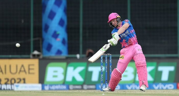 Hyderabad could not survive Butler's storm, gave Hyderabad a target of 221 runs