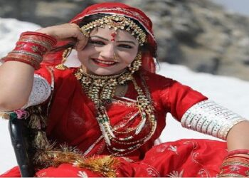 Haryanvi dancer 'Sapna Chaudhary' has come to compete 'Gori Nagori'
