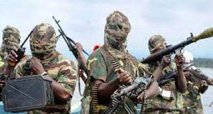 Terrorists kill 16 soldiers