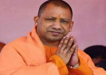cm yogi wishes mother day