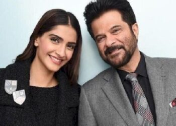 Actor anil kapoor wishes a lot on daughter's birthday