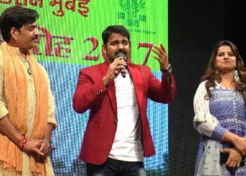Ravi Kishan and Pawan Singh's film will knock on August 15