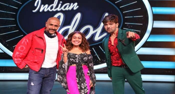 Himesh Reshammiya gave a gift to the contestants of Indian Idol 12, know what