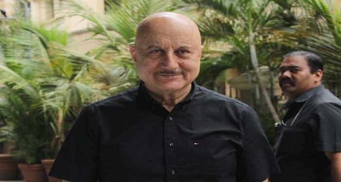 The person could not recognize Anupam Kher, said in water full of chullu