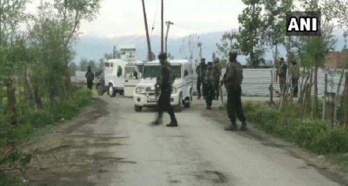 Top commander of Lashkar-e-Commander killed